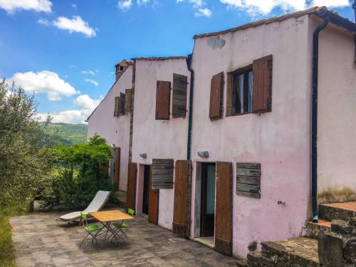 Casa singola in Vendita a Castelnuovo di Val di Cecina