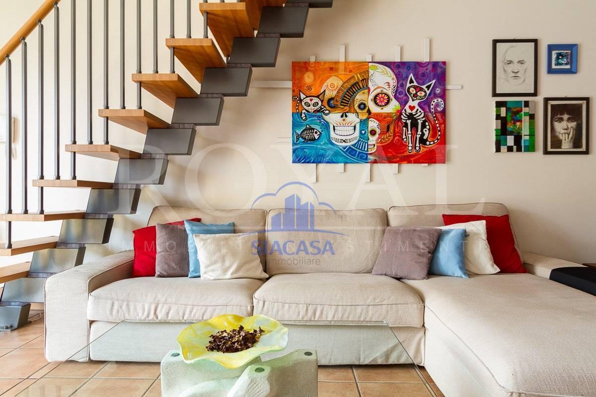 Appartamento in vendita a Lomagna, 4 locali, prezzo € 238.000 | PortaleAgenzieImmobiliari.it