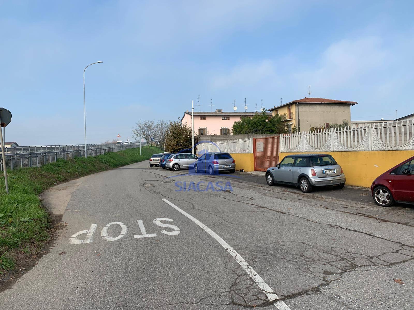 Terreno Edificabile Comm.le/Ind.le in affitto a Basiano, 9999 locali, prezzo € 750 | PortaleAgenzieImmobiliari.it