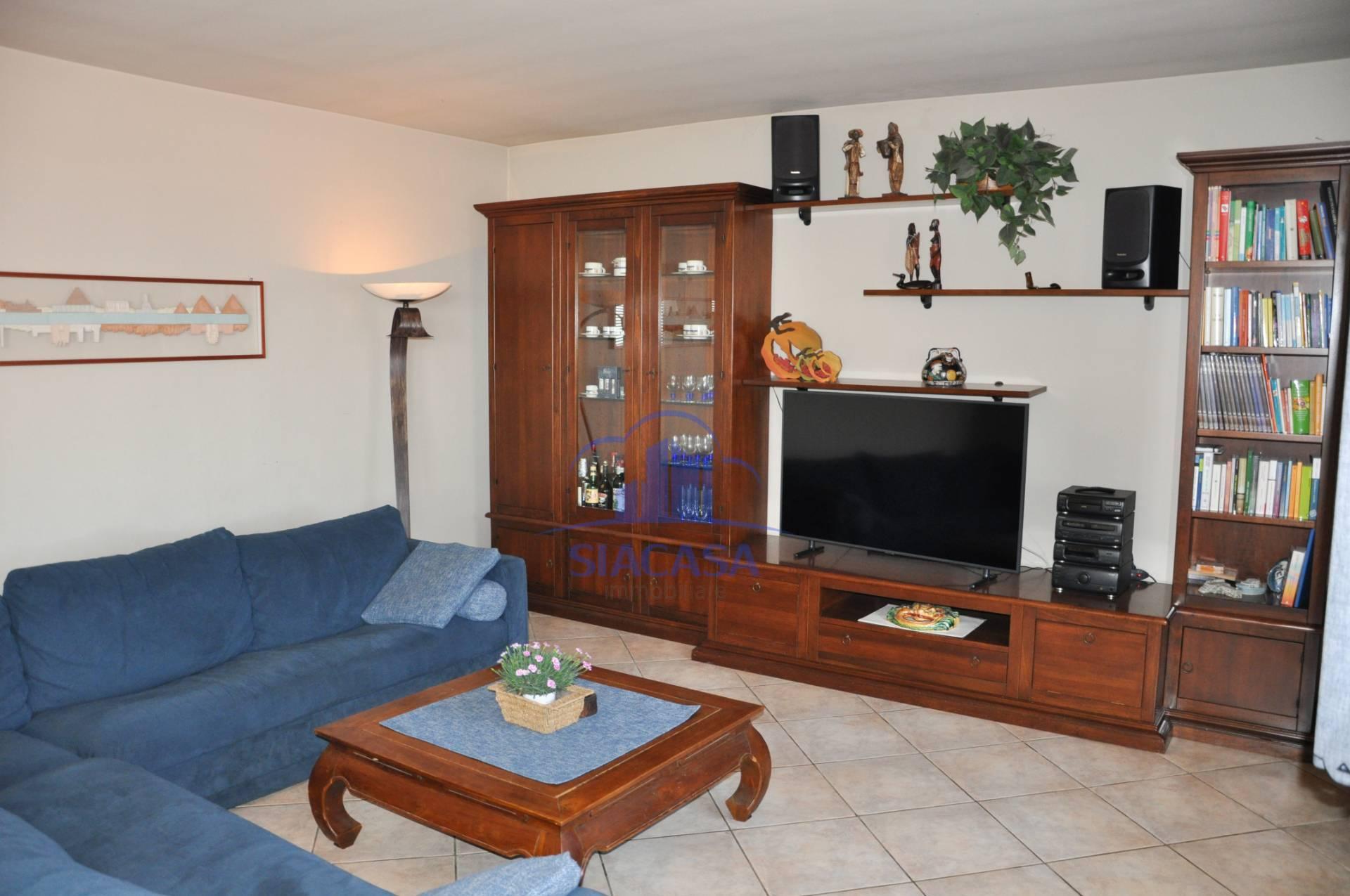 Appartamento in vendita a Capriate San Gervasio, 3 locali, prezzo € 135.000 | PortaleAgenzieImmobiliari.it