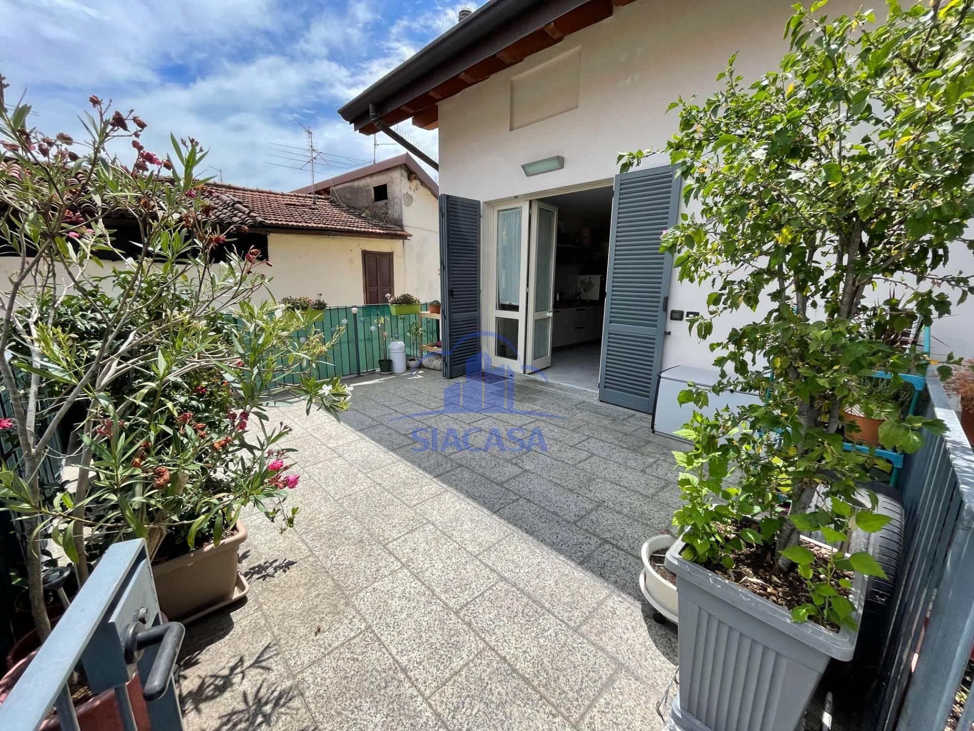 Appartamento in vendita a Cornate d'Adda, 2 locali, prezzo € 98.000 | PortaleAgenzieImmobiliari.it