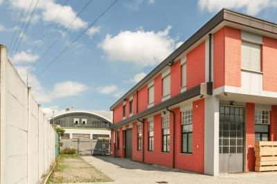 Uffici in Vendita a Caponago