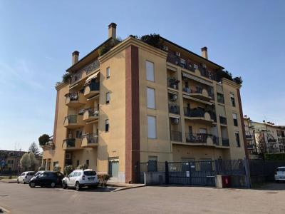 Uffici in Vendita</br>a Pessano con Bornago