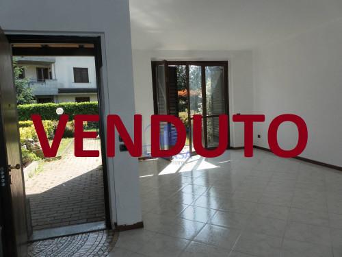 villa in Vendita a Mezzago