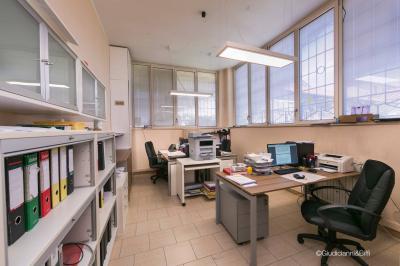 Uffici in Affitto a Monza