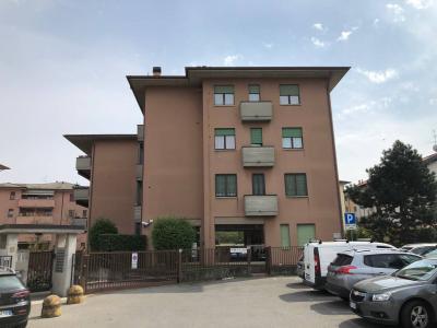 Uffici in Affitto a Cornate d'Adda