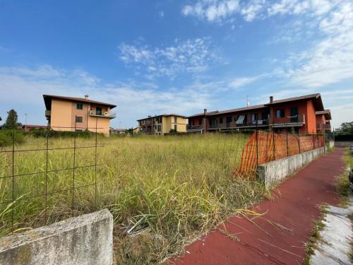 Terreni Residenziali in Vendita a Capriate San Gervasio