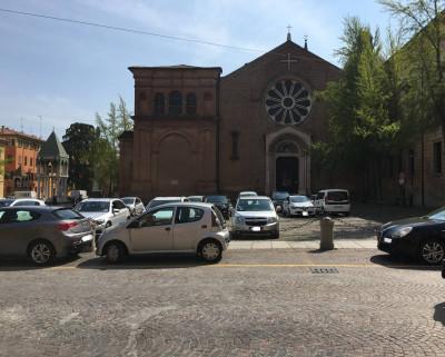 Vai alla scheda: Ufficio Vendita Bologna