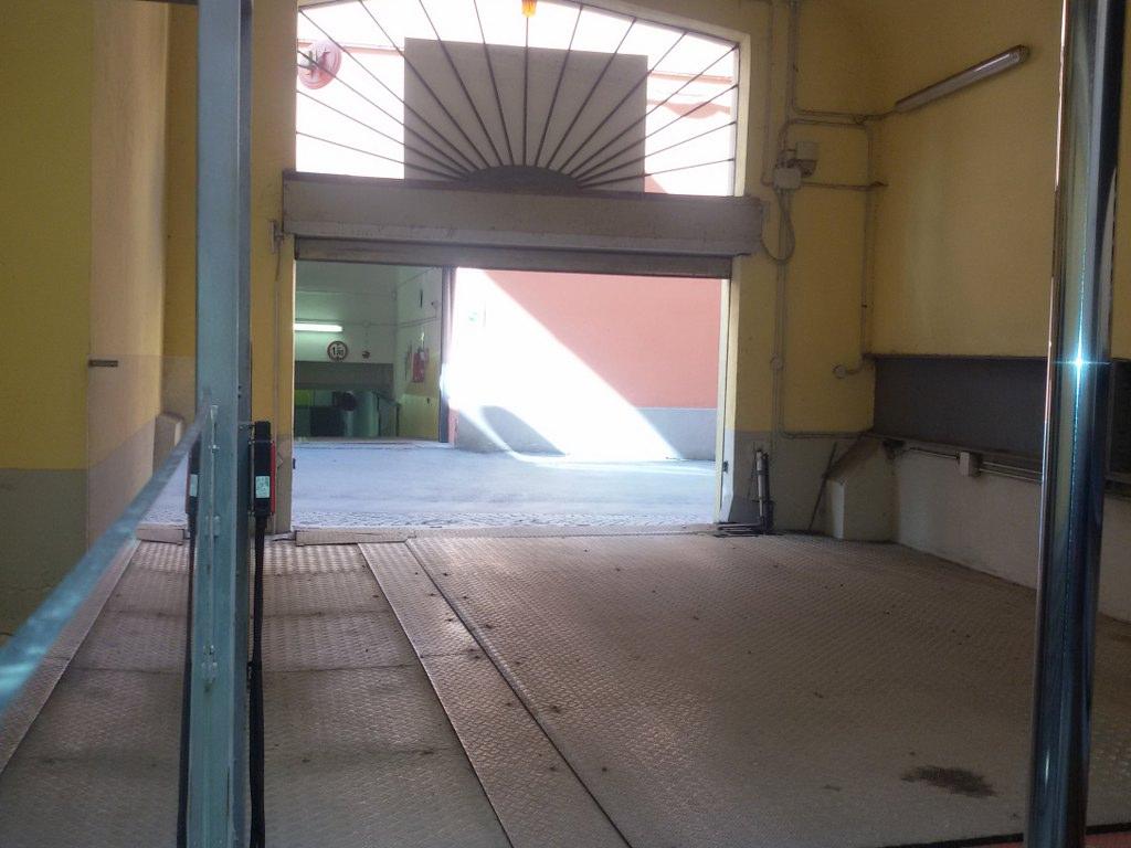 Garage/Box/Posto auto in vendita a Centro Storico, Bologna (BO)