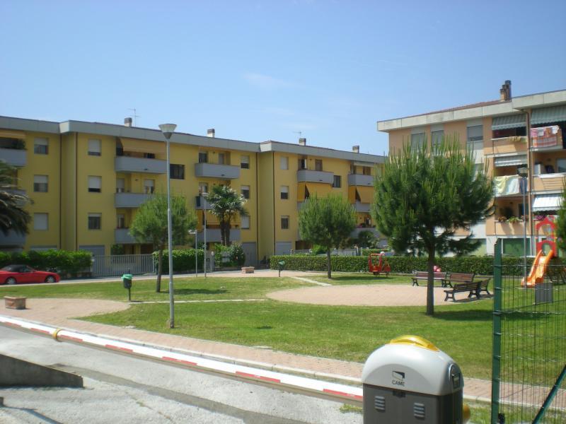 Attico / Mansarda in vendita a Montignoso, 5 locali, zona nne, prezzo € 250.000 | PortaleAgenzieImmobiliari.it