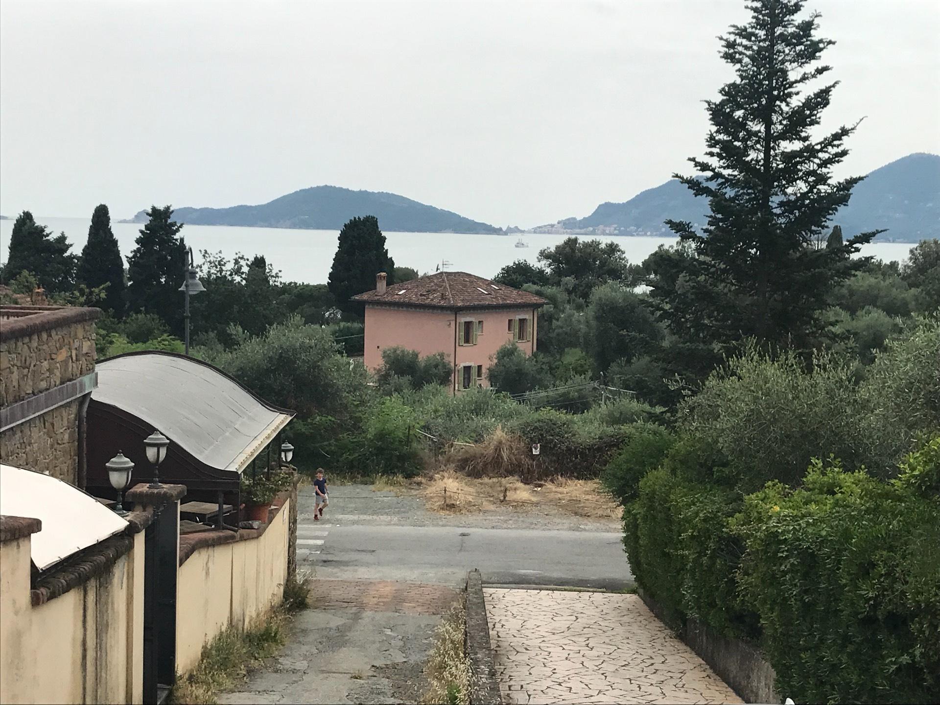 Appartamento in vendita a Lerici, 3 locali, zona aro, prezzo € 256.000 | PortaleAgenzieImmobiliari.it