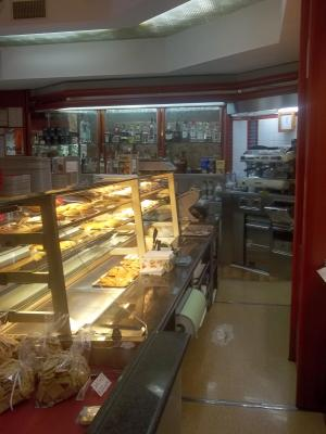 Locale commerciale in Vendita a Carrara