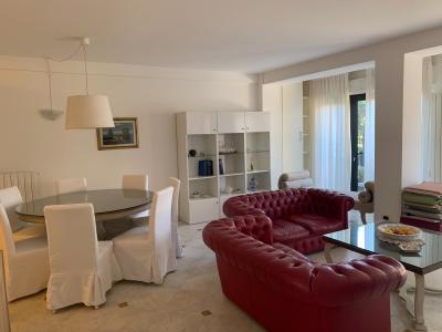 Appartamento indipendente in Vendita a Pietrasanta