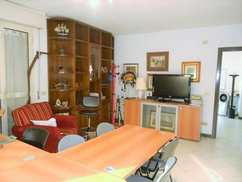 Studio/Ufficio in Vendita a Carrara