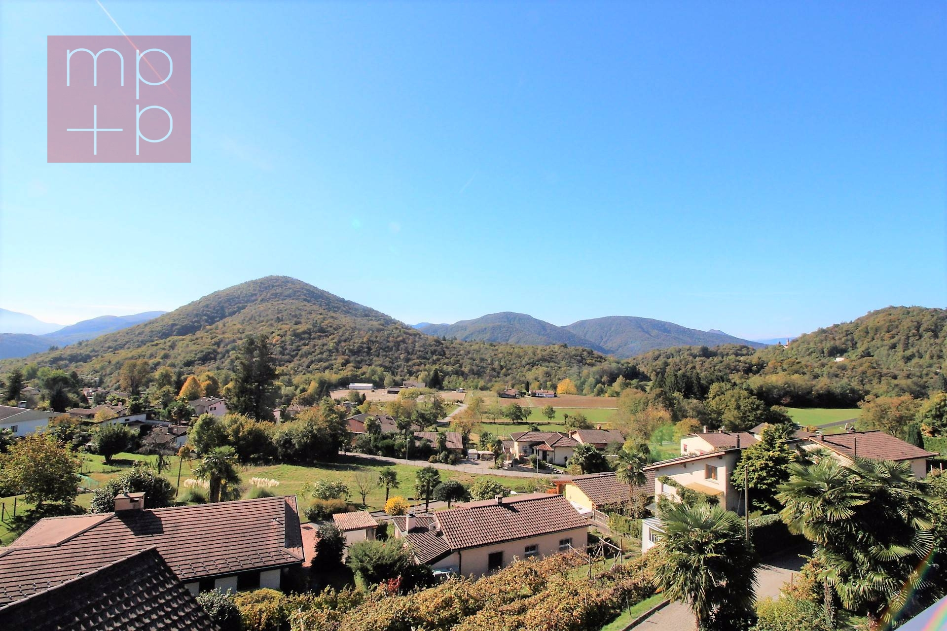 House / Villa for Sale in Novaggio