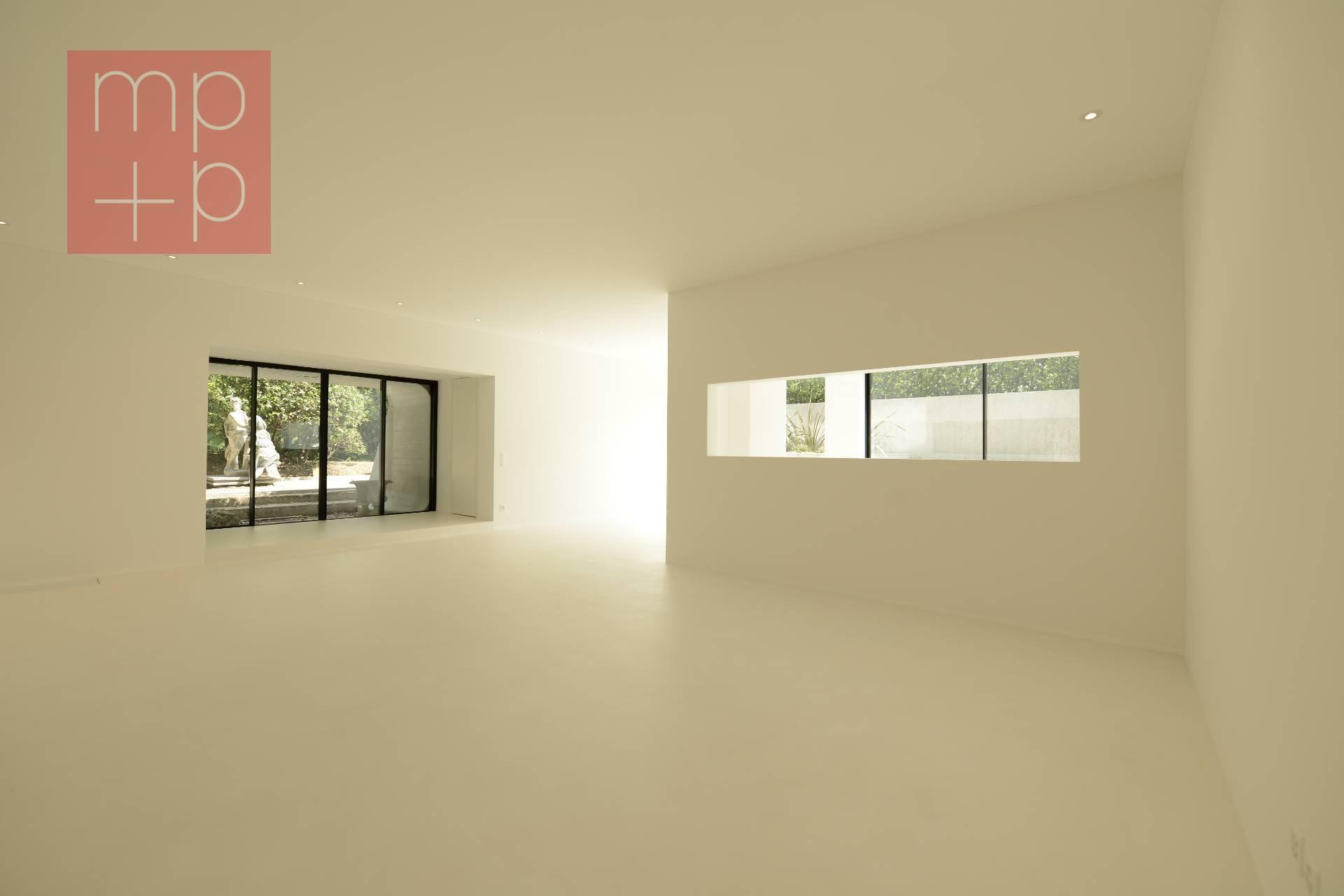 Appartamento con Giardino in Affitto a Lugano