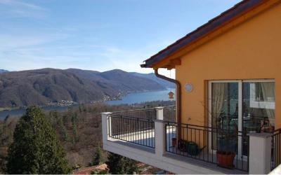 Apartment with Garden for Sale in Vernate