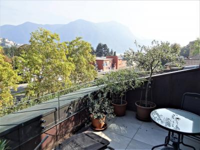 Doppel-Haus / Villa zu Verkaufen in Lugano