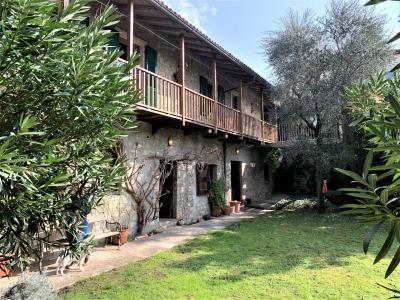 Casa Plurifamiliare in Vendita a Vacallo
