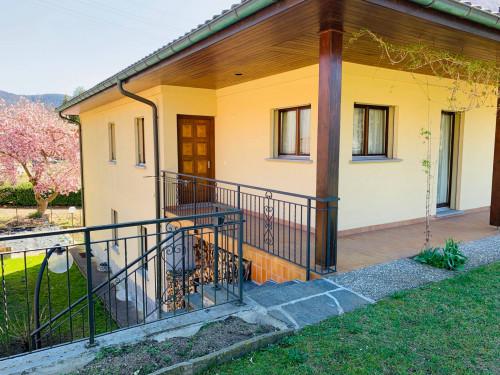 Casa Plurifamiliare in Vendita a Monteggio