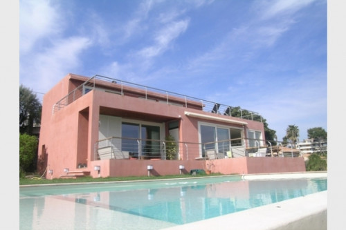 Villa zu Verkaufen in Antibes
