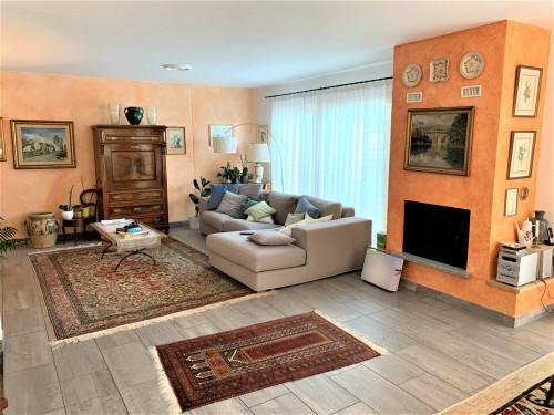 House / Villa for Sale in Vernate