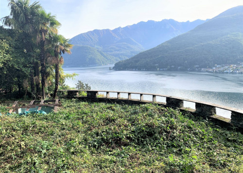 Residential Building Ground for Sale in Vico Morcote