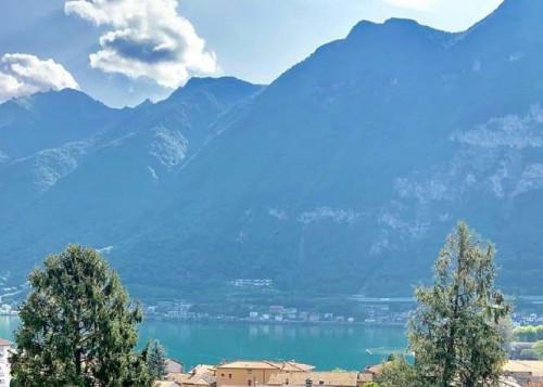 Villa in Vendita a Riva San Vitale