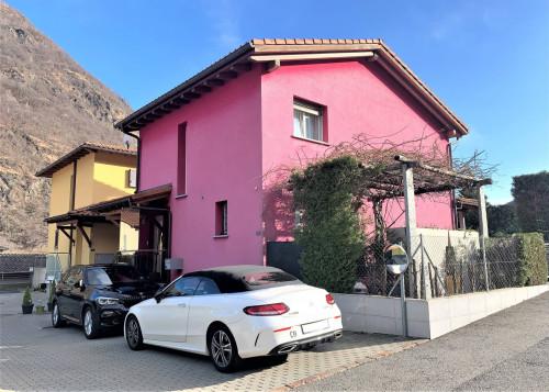 House / Villa for Sale in Mezzovico-Vira