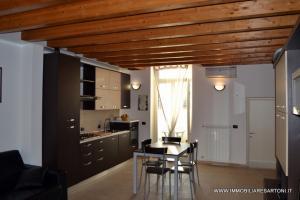 <strong>Casa indipendente in Vendita</strong><br />Viareggio