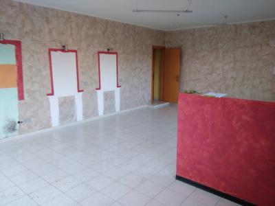 Locale commerciale in Affitto a Mirabello Sannitico