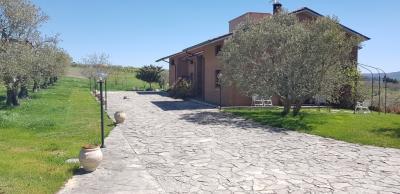 Villa in Vendita a Campodipietra
