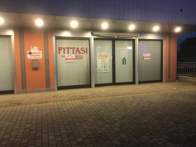 Locale commerciale in Affitto a Ripalimosani