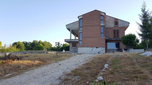 Villa singola in Vendita a Oratino