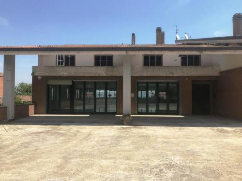 Locale commerciale in Vendita a Ferrazzano