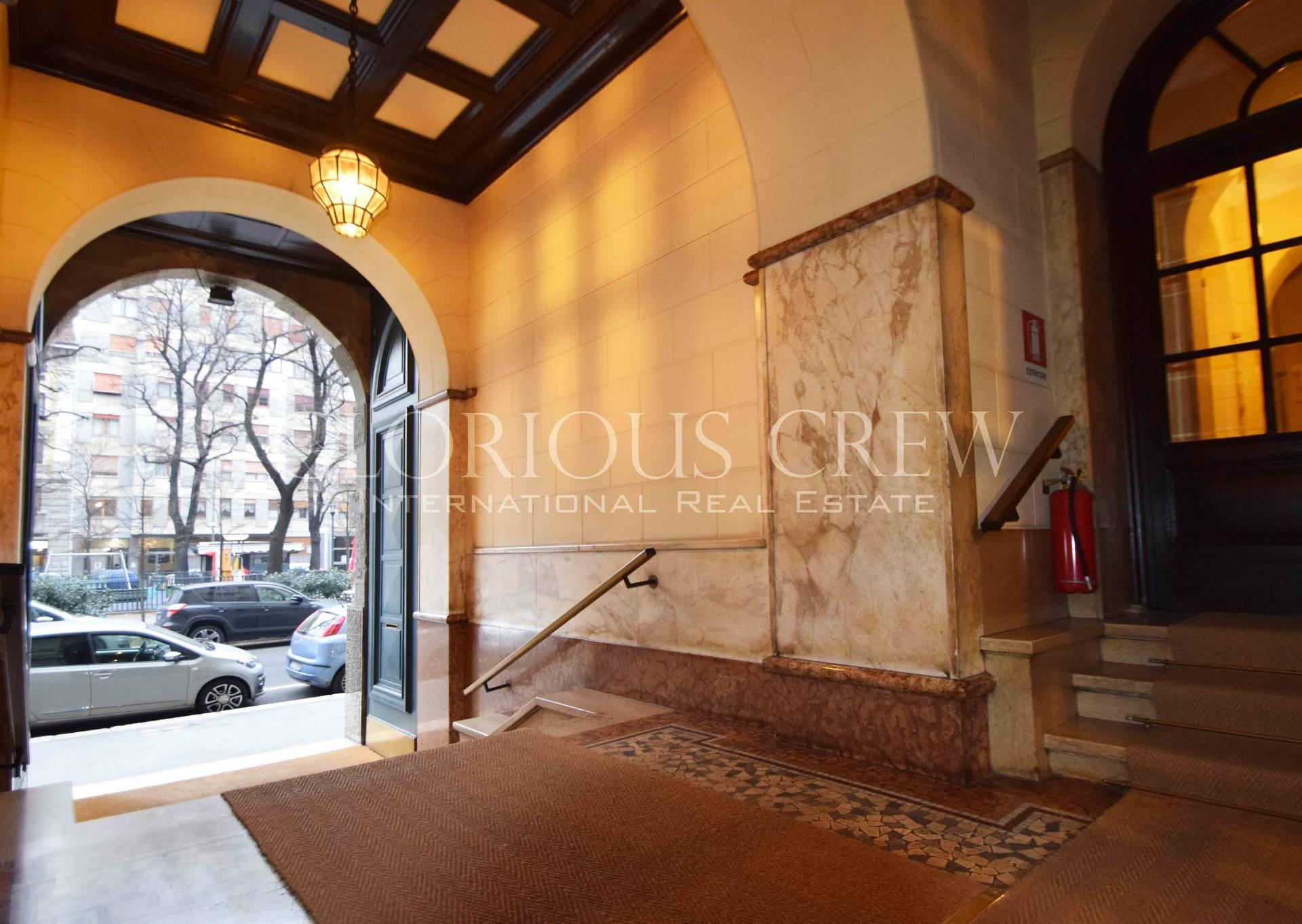 Diviso in ambienti/Locali in affitto a Milano in Via Benedetto Marcello