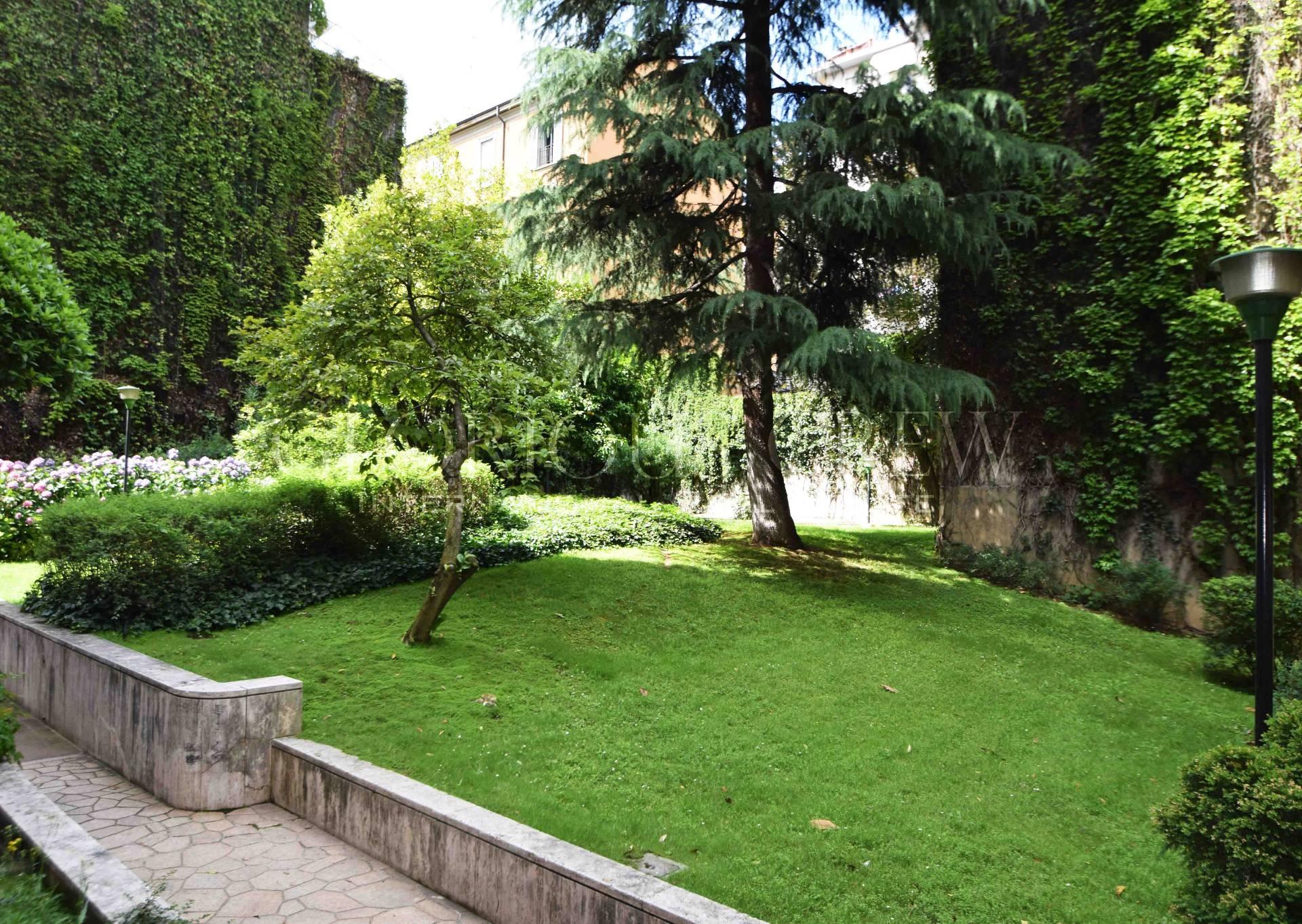 vendita appartamento milano p.ta venezia  248000 euro  2 locali  50 mq