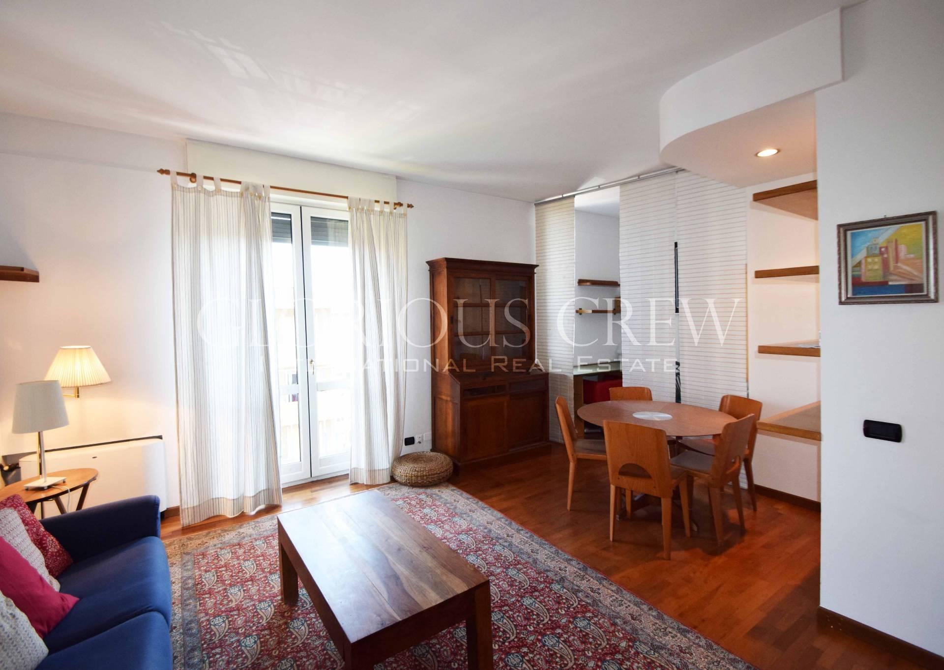 vendita appartamento milano lorenteggio  335000 euro  2 locali  82 mq