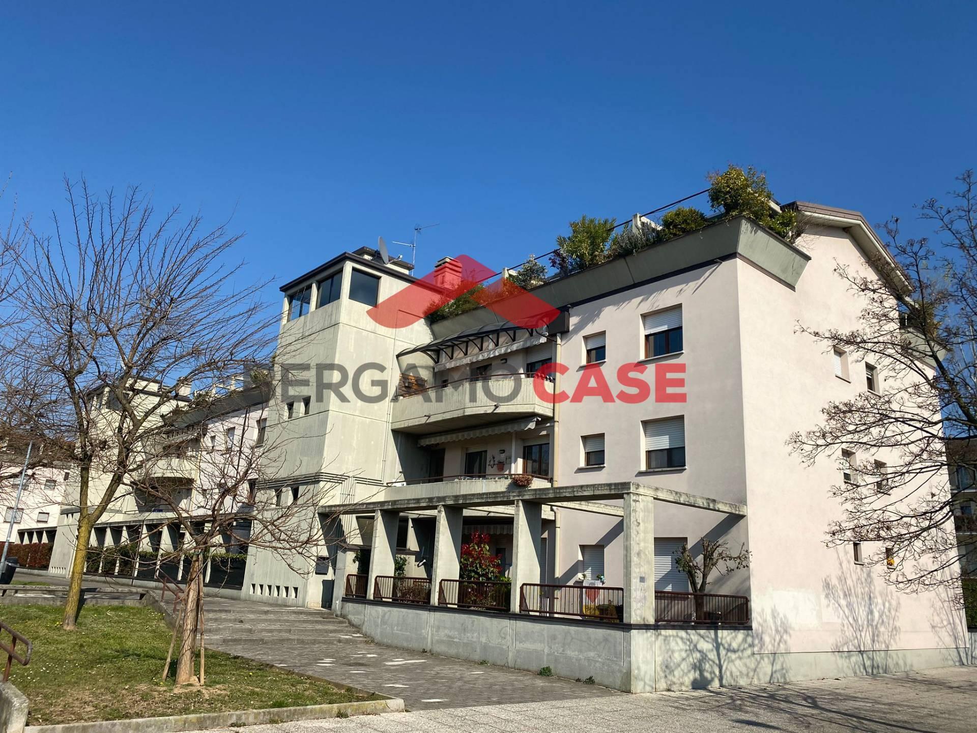 Appartamento in vendita a Villaggio Sposi, Bergamo (BG)