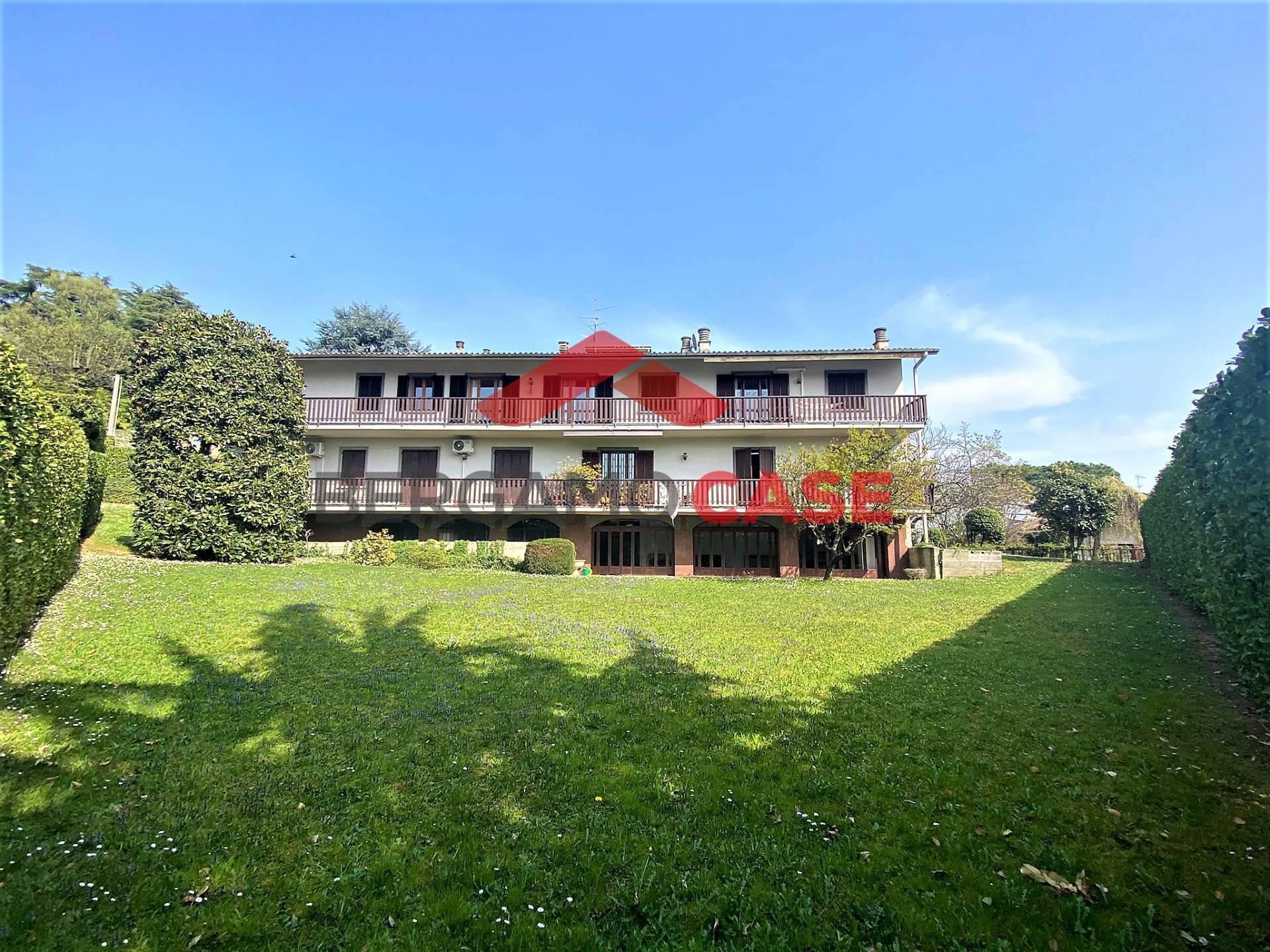 Appartamento in vendita a Monterosso, Bergamo (BG)