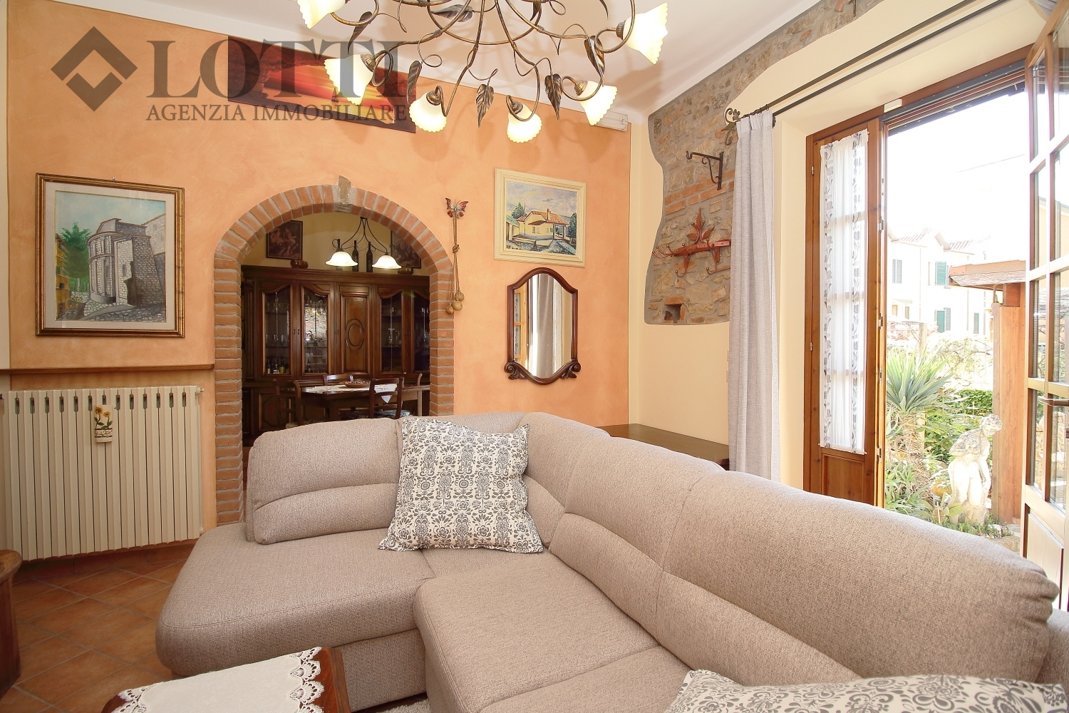 Single-family house for sale, ref. 538