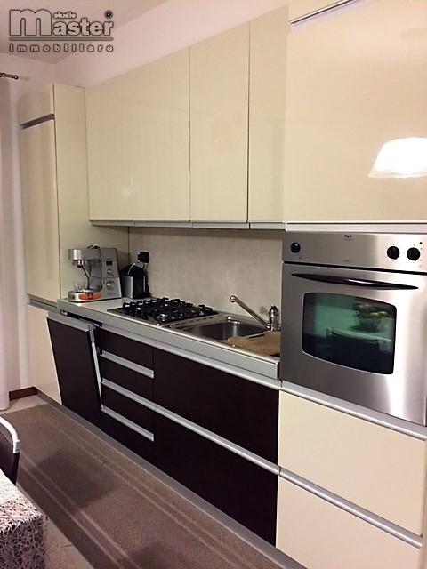 Appartamento in vendita a Ponzano Veneto, 3 locali, zona Località: Paderno, prezzo € 138.000 | CambioCasa.it
