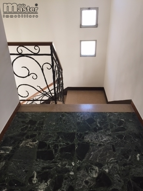 Appartamento in affitto a Ponzano Veneto, 5 locali, zona Località: Paderno(capoluogo, prezzo € 650 | CambioCasa.it