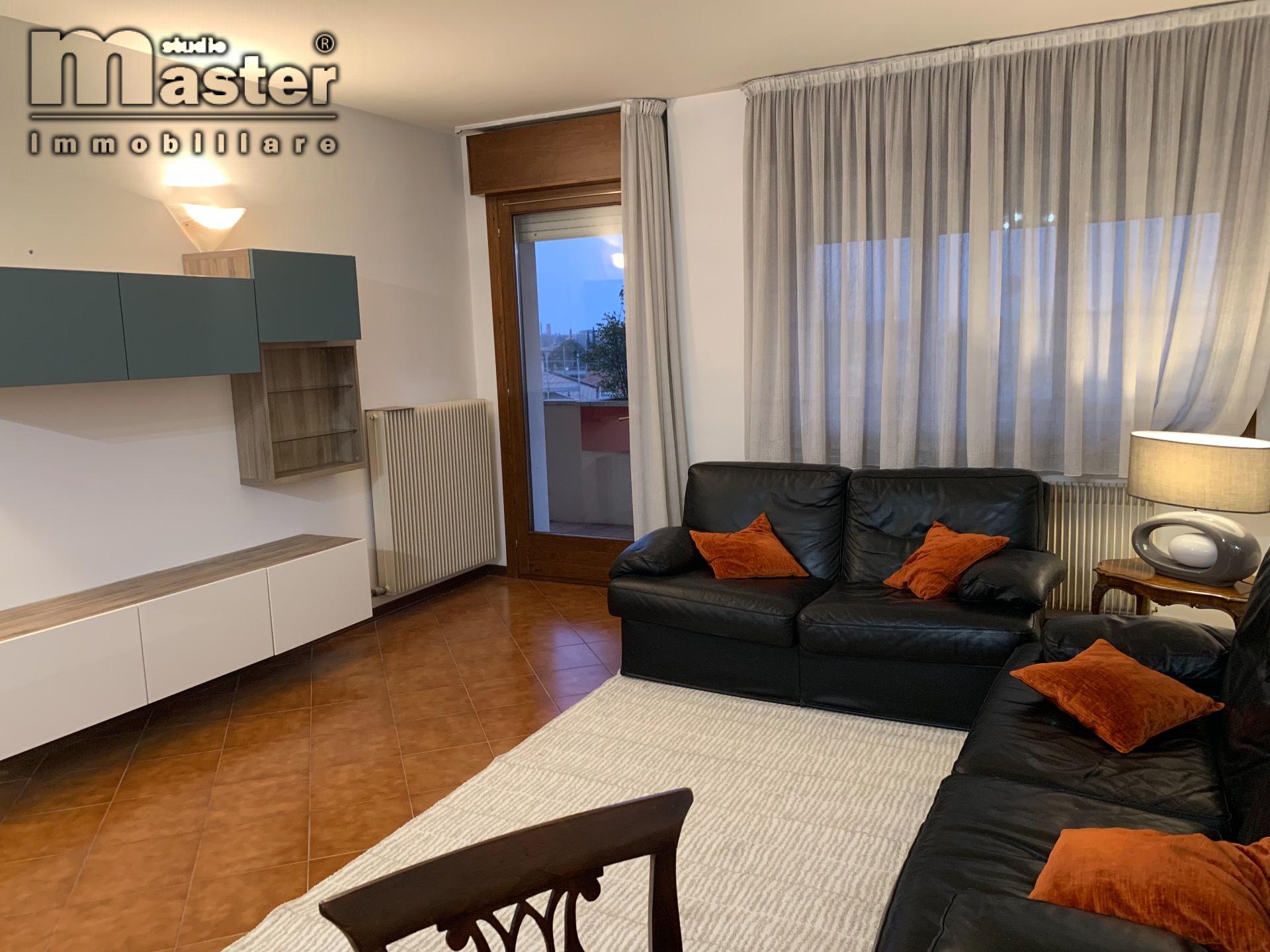 Appartamento in affitto a Treviso, 5 locali, zona Località: FuoriMura, prezzo € 830 | CambioCasa.it