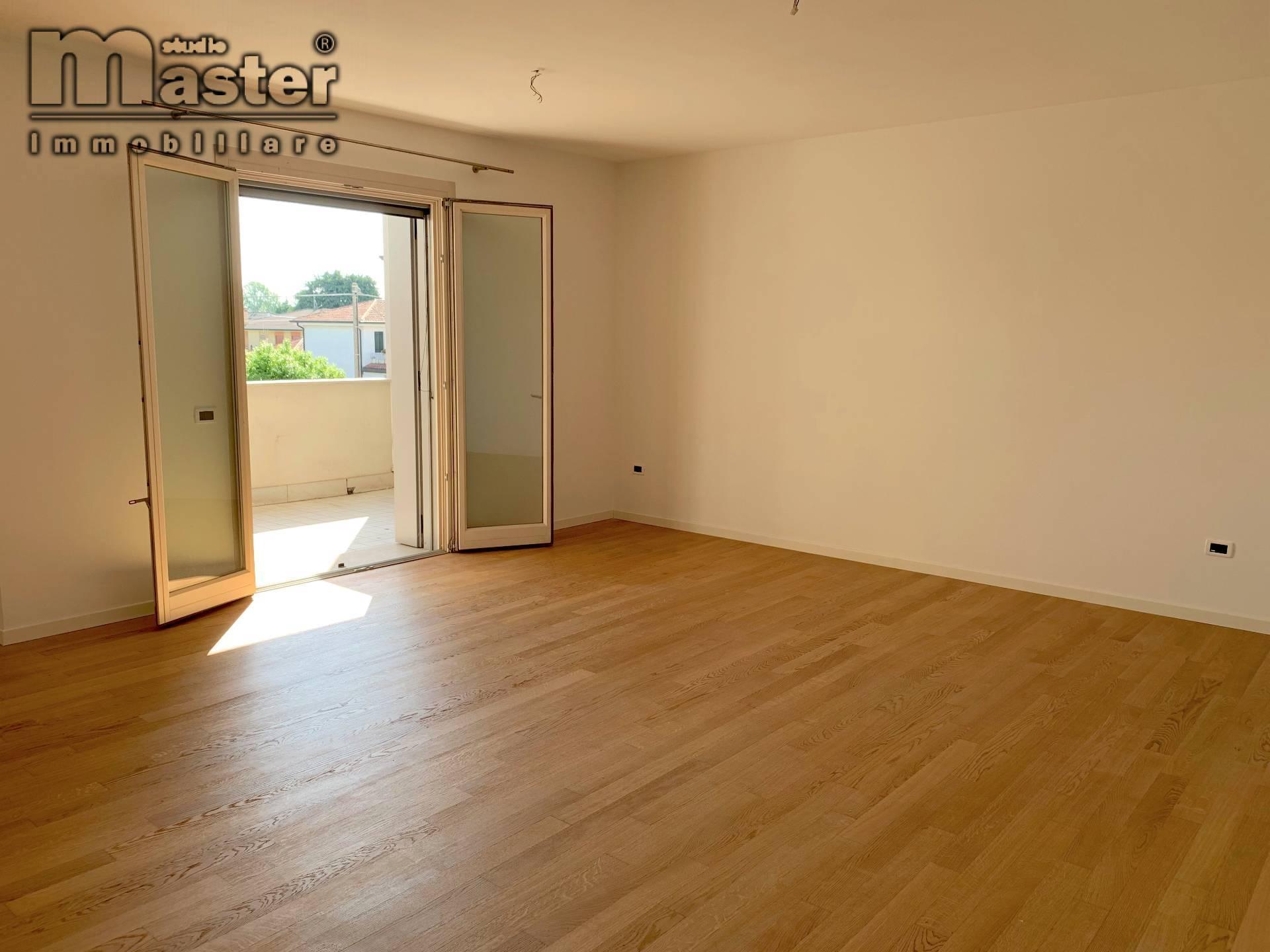 treviso vendita quart: fuori mura ovest studio-master-immobiliare