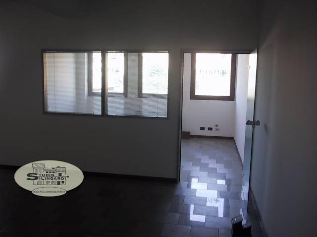 Ufficio / Studio Modena Affitto € 650 105 mq riscaldamento ...