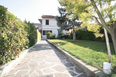 Vai alla scheda: Villa o villino Vendita Ascoli Piceno