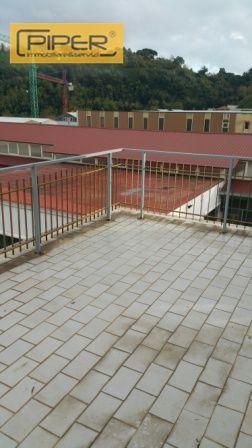 Appartamento in affitto a Pozzuoli, 1 locali, zona Località: Pozzuoli, prezzo € 1.000 | CambioCasa.it