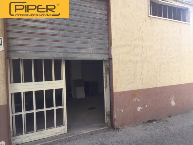 Box / Garage in affitto a Quarto, 2 locali, prezzo € 200 | CambioCasa.it