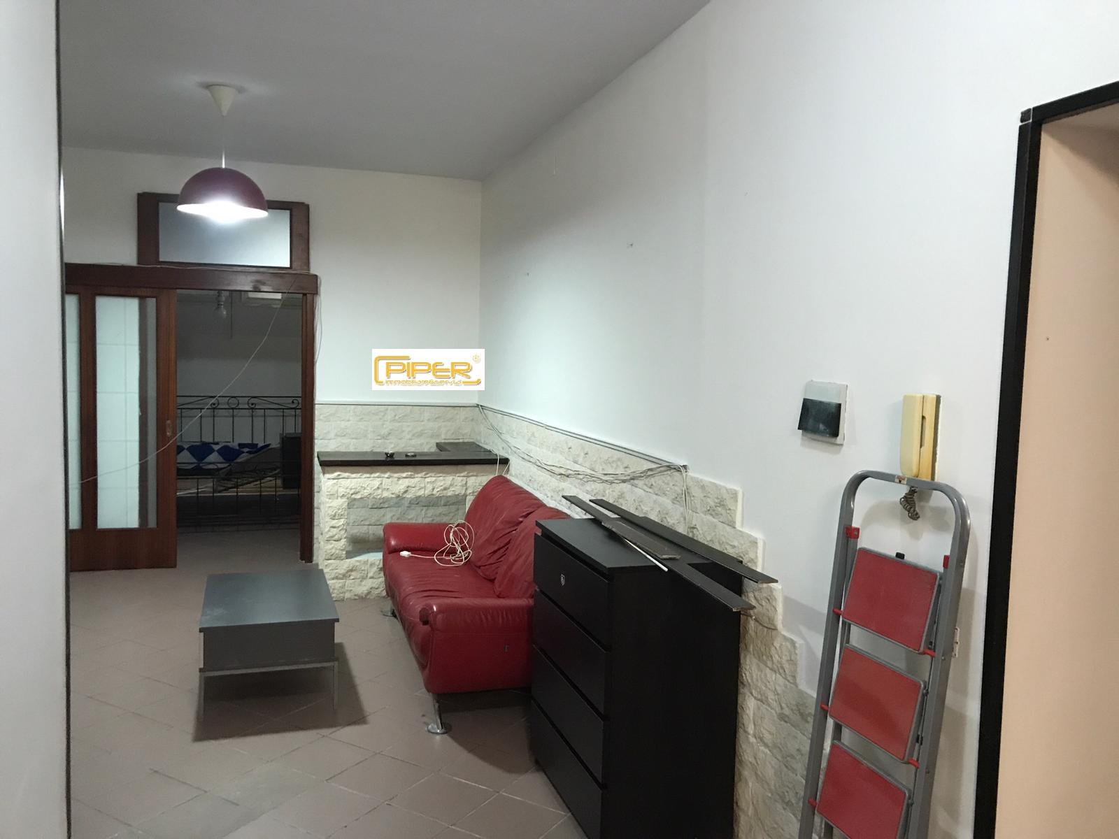 Appartamento in affitto a Pozzuoli, 2 locali, zona Località: PozzuoliSolfatara, prezzo € 650 | CambioCasa.it